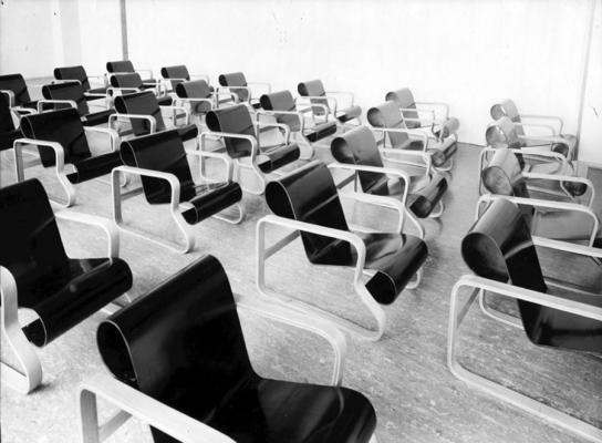 paimio-sanatorioum-chairs